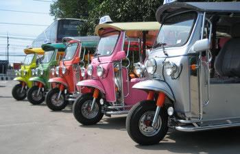http://www.vrouwenplaats.nl/webimg/tuktuk-verhuur.jpg